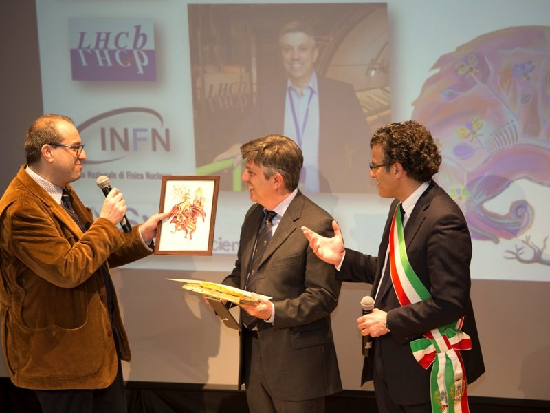 Nicola Baronti (a sinistra), Giovanni Passaleva e il sindaco di Vinci, Giuseppe Torchia